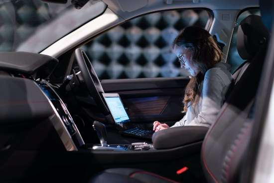 3 Ways on How to Charge a Laptop in the Car